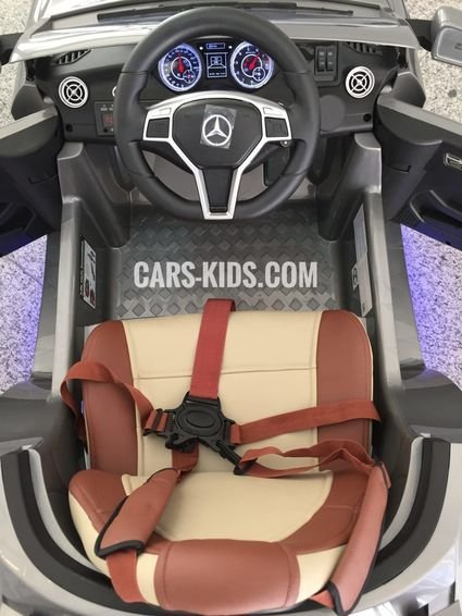 Электромобиль Mercedes Benz CLA 45 AMG черный (колеса резина, сиденье кожа, пульт, музыка)
